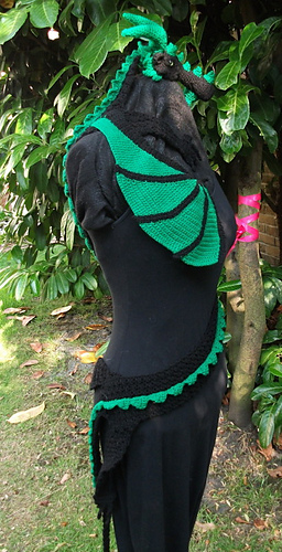 Knitting Pattern Toothless Dragon : Ravelry: Dragon Scarf pattern by MyntKat