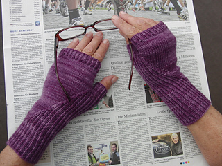 Hiddengusset_mitts6_small2