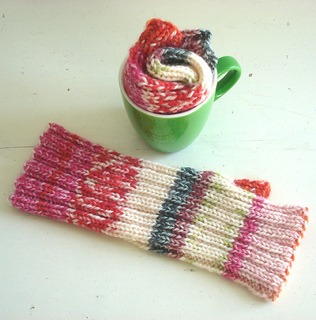 Stretchy_mitts_5_small2