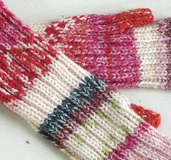 Stretchy_mitts_1_small