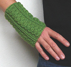 Green_wrist_warmers_2_small