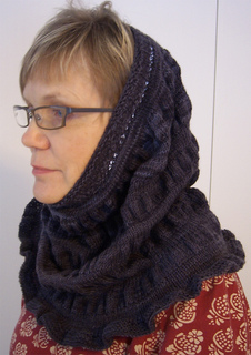 Imagination_cowl_small2