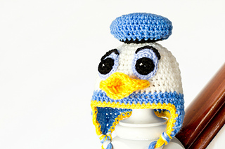 Donald_duck_inspired_baby_hat_crochet_pattern_small_small2