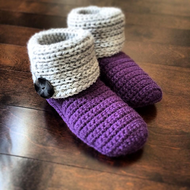 Free Knitted And Crochet Slipper Boots Patterns :
