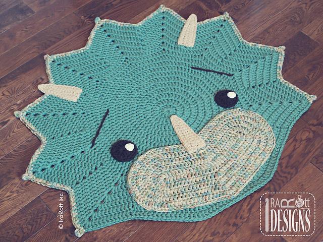 Cera The Triceratops Dino Rug par Ira Rott