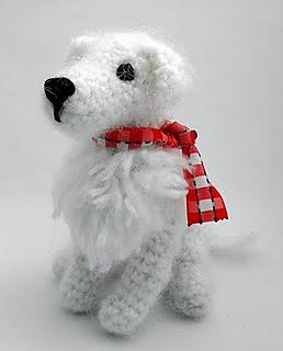 Crochet_kuvasz3_small2