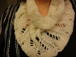 A189-hunt-valley-cashmere-neck-muff-50_small2