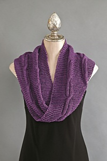 Infinity_cabled_scarf_200_small2
