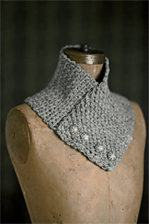 Grey_lady_cowl_small2