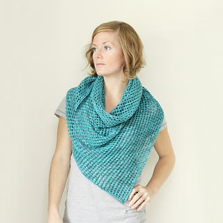 Mcmilne_shawl_--_zoomed_in_small2