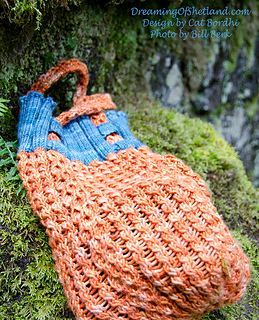 Bordhicatshoppingbagsorangebagshetlandsheepebookmccleahy-3239-copy_small2