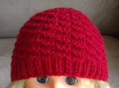Ravelry: Baby's 8ply textured Beanie with rib band pattern by