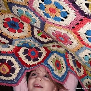 Flower_to_hexagon_granny_blanket_pattern_3-001__2__small2