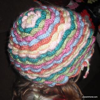 Bloom-hat-back-free-crochet-pattern_small2