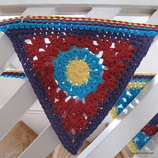 Circle-to-triangle-free-crochet-tutorial_small2