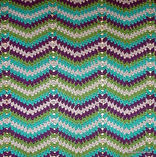 Faded-ripple-free-crochet-pattern-chunky-weight_small2