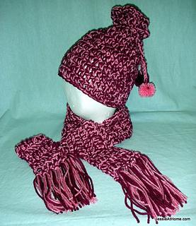 Eli-hat-leo-scarf-free-crochet-pattern_small2