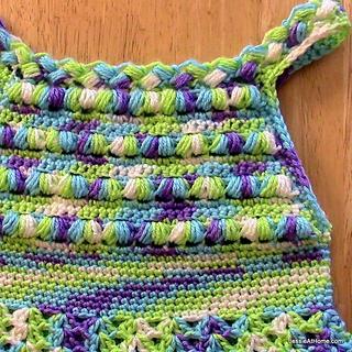 Free-crochet-pattern-puff-stitch-halter-dress-close-up_small2