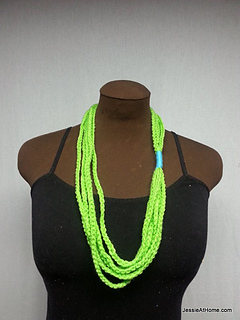 Simple-chain-stitch-necklace-green_small2