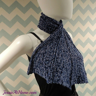 Dragon-wing-scarf-free-crochet-pattern-by-jessie-at-home_small2