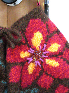 Felted_bag_detail_small2