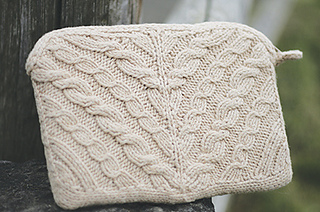 Cabled-netbook-cozy-1b_small2