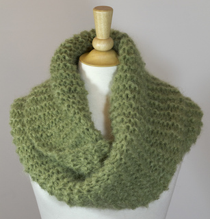 Chillygreenmohair1_small2
