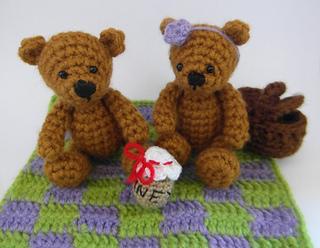 Teddy_bears_picnic_small2