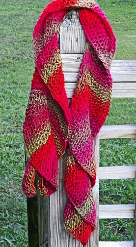 Sea_dragon_scarf_medium