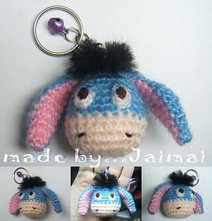 Blue_donkey_amigurumi_keychain_small2