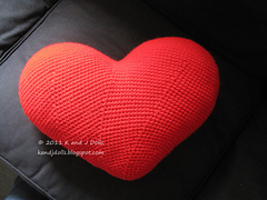 Amigurumi Heart Pillow : Ravelry: Heart Cushion - PDF crochet pattern pattern by ...