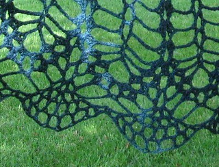 Elsie_s_shawl__2d_small2