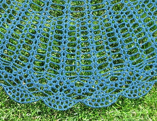 Elsie_s_shawl__2c_small2
