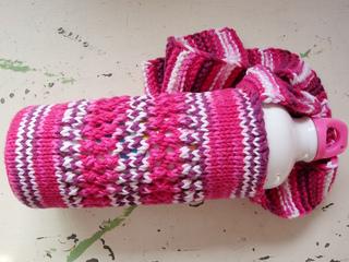 Ravelry: knit water bottle holder pattern by Kelly Spenhoff