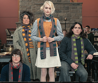 Harry_potter_scarf_2_small2