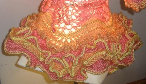 Love_of_knitting_ruffled_skirt_medium