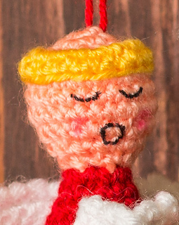 Choir_of_angels_christmas_ornaments_crochet_pattern_face_small2