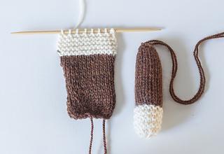 Custom_knit_teddy_bear_2_small2