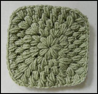 Solid_green_puff_stitch_granny_square_pattern_small2