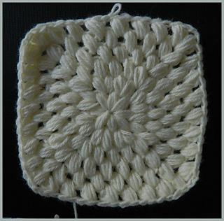 Puff_stitch_granny_square_cream_small2