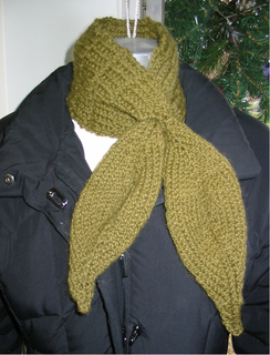 Leafloopneckwarmer_small2