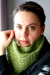 Imogen_cowl_downton_abbey_kal_small2
