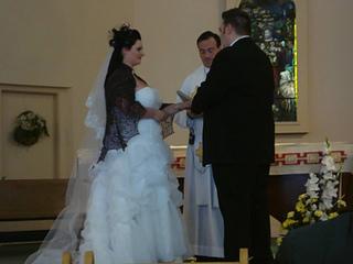 Side_dress_ceremony_small2