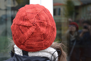 Cable_hat_back_3_small2