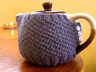 General_-_teapot_cozy_small2