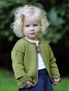 Peekaboocardigan_small2