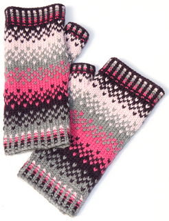 Scandinavian_fairisle_mittens_1_small2