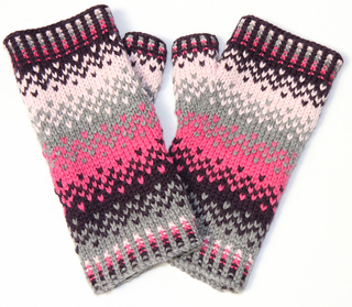 Scandinavian_fairisle_mittens_2_small2