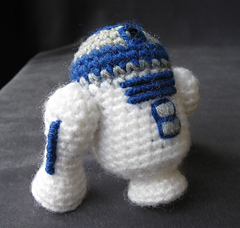 Ravelry: R2-D2 - Star Wars Mini Amigurumi pattern by Lucy ...