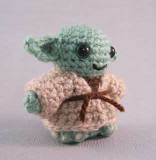 Free Yoda Amigurumi Patterns : Ravelry: Yoda - Star Wars Mini Amigurumi pattern by Lucy ...